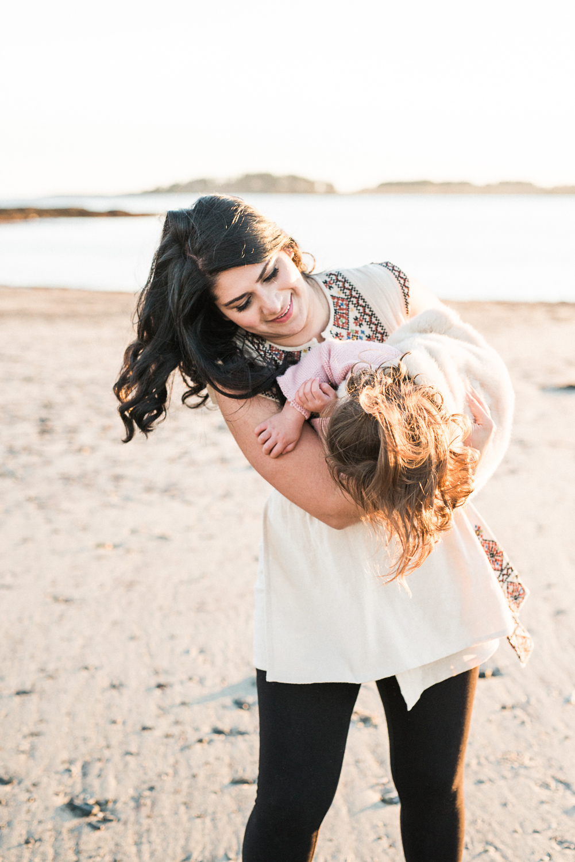 About - Maine wedding Photographer Greta Tucker