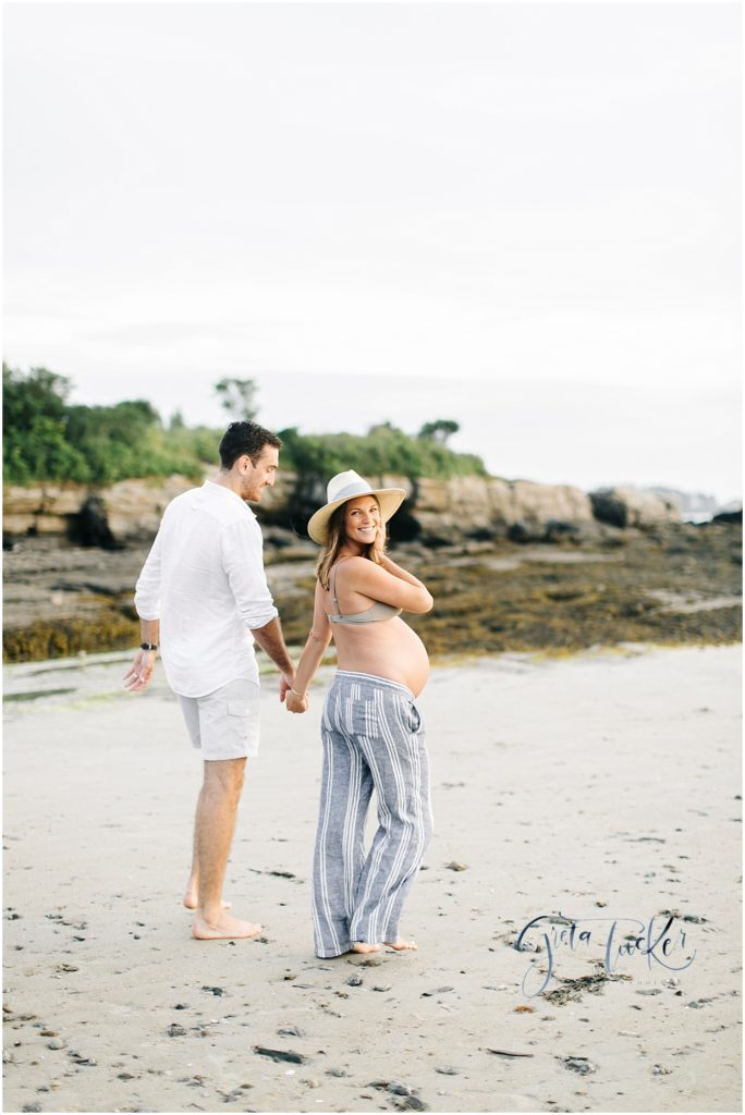 Maine family Photographer, Maine Maternity photoshoot, Maternity photographer in Maine, Portland maine maternity photographer, photographers in Portland Maine
